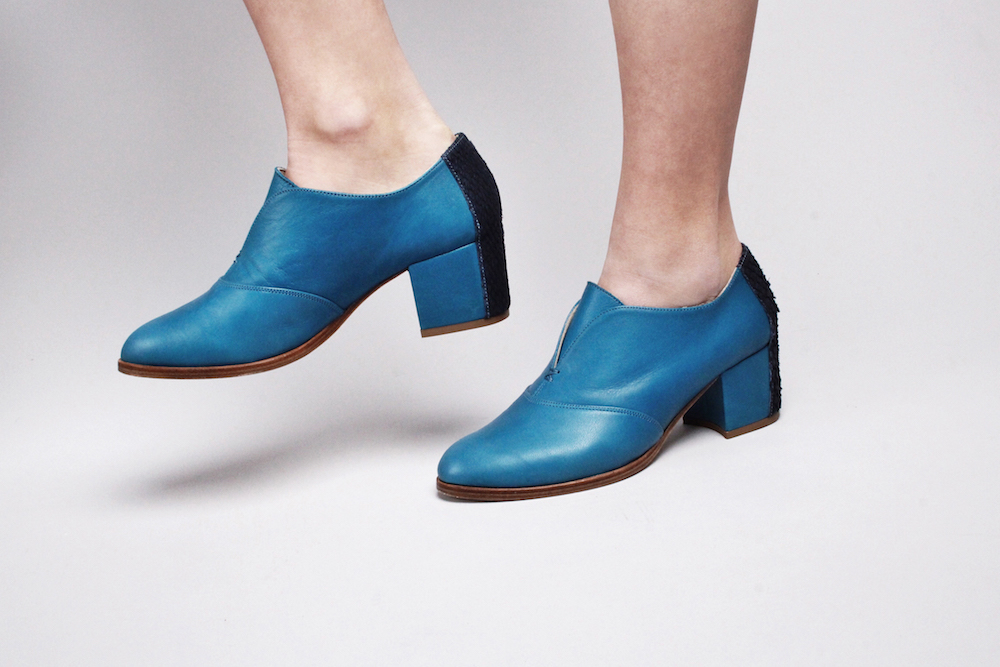 nine to five blue shoes mochni