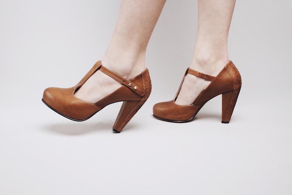 nine to five high heels mochni