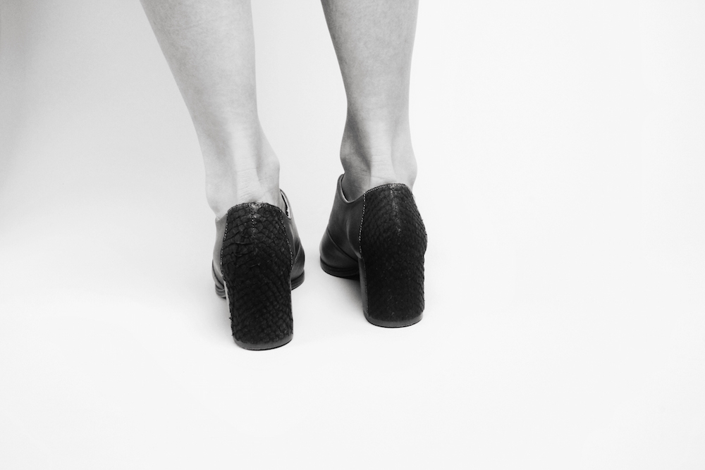 nine to five sustainable fish leather shoes mochni