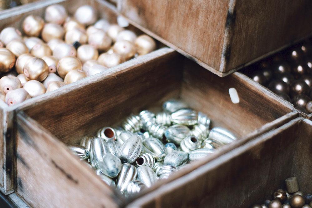silver pearls marche vernaison paris mochni