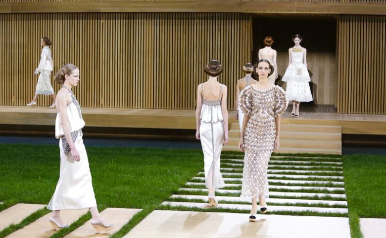 Karl Lagerfeld goes Eco- Conscious with his Chanel Couture Collection