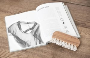 care your clothes sustainable wardrobe mochni