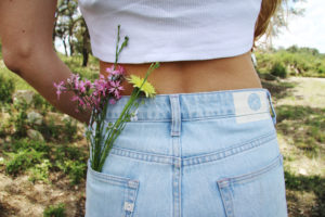 mud-jeans-cropped-mimi