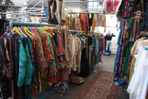 fleamarket-clothing-recycling