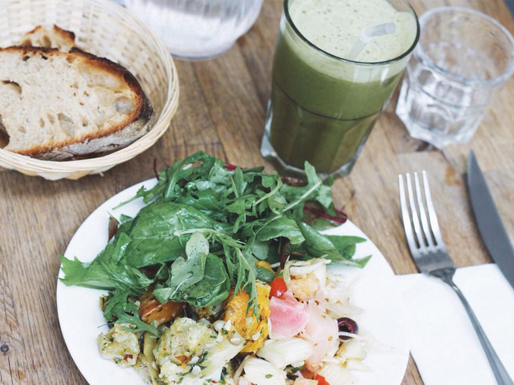 organic-salad-nanashi-paris