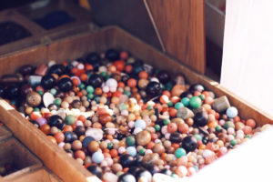 pearls marche vernaison paris mochni